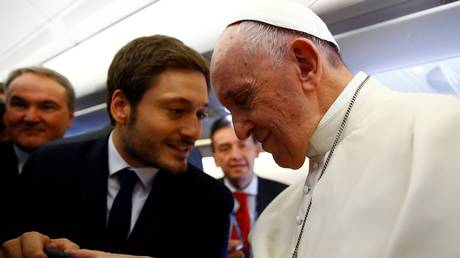 O Πάπας Φραγκίσκος κάλεσε τον κόσμο να προσευχηθεί για τη Βενεζουέλα