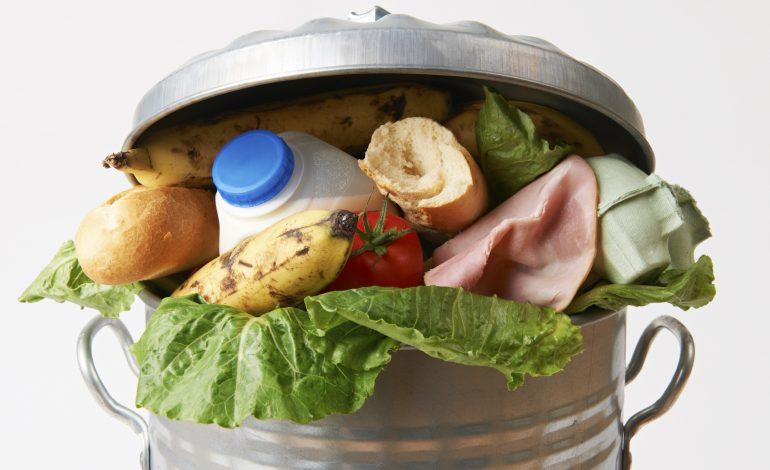 Διαξιφισμοί στο Δημοτικό Συμβούλιο 27/09 για τα ληγμένα και πεταμένα τρόφιμα της Κοινωνικής Μέριμνας.