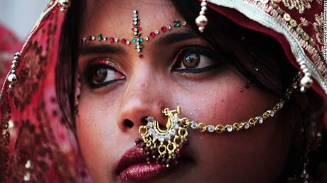 «Πυρετός Χρυσού» στους ινδικούς γάμους και ο ρόλος του Ντουμπάi