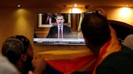 Έξι στους δέκα Ισπανούς συμφωνούν με το διάγγελμα του βασιλιά κατά της Καταλονίας