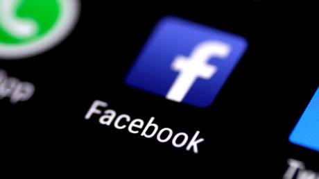 Έρευνα συνδέει την εκτεταμένη χρήση του Facebook με τη… δυστυχία