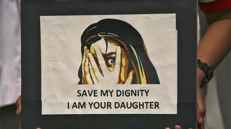Αργεντινή: Βίαζε για 20 χρόνια την κόρη του και απέκτησε μαζί της οκτώ παιδιά