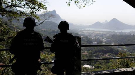 Βραζιλία: Ο στρατός αναπτύχθηκε στη μεγαλύτερη φαβέλα στο Ρίου ντε Τζανέιρου