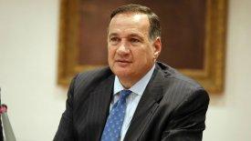 Επανεξελέγη στην προεδρία της ΕΟΕ ο Καπράλος