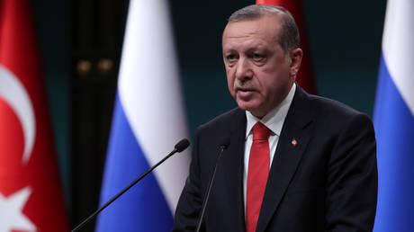 Ερντογάν: Με την εισβολή στη Συρία υλοποιούμε την συμφωνία με Ρωσία και Ιράν
