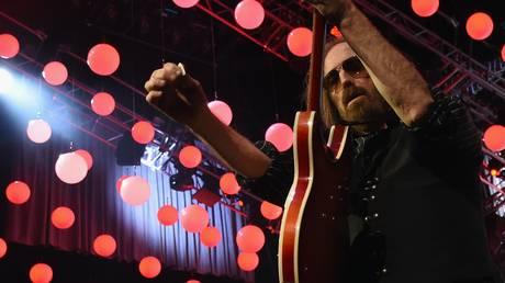 Εσπευσμένα στο νοσοκομείο ο τραγουδιστής Tom Petty