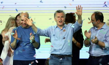 Ευρεία νίκη του προέδρου Μάκρι στις βουλευτικές εκλογές της Αργεντινής (pics)