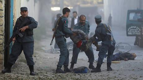 Ισχυρή έκρηξη στη Καμπούλ – Φόβοι για πολλά θύματα (pics)