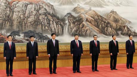 Κίνα: Η νέα ηγετική ομάδα που πλαισιώνει τον παντοδύναμο Σι Ζιπίνγκ