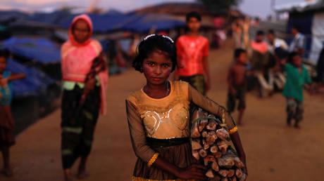 Κόφι Ανάν: Ζητά επέμβαση του ΟΗΕ για την επιστροφή των εκτοπισμένων Ροχίνγκια στη Μιανμάρ