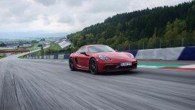 Με 370 ίππους έρχεται η νέα Porsche 718 Cayman GTS (pics)