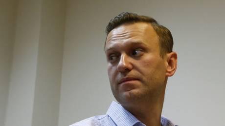 Ξανά στη φυλακή ο Ναβάλνι – Έκανε λόγο για «δώρο» στον Πούτιν
