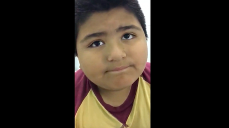 Παιδί κατάπιε εξάρτημα καραμούζας και αντί να μιλάει… κορνάρει (vid)