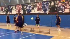 Ποδοβόλεϊ, ποδόσφαιρο και… τένις στην προπόνηση της Μπαρτσελόνα! (vid)