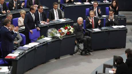 Πρόεδρος της Μπούντεσταγκ ο Βόλφγκανγκ Σόιμπλε