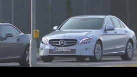 Πρόωρη εμφάνιση για τη Mercedes-Benz C-Class (vid)