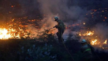 Στις φλόγες η Ιβηρική Χερσόνησος – Νεκροί σε Πορτογαλία και Ισπανία (pics&vids)