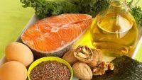 Τα ακόρεστα λιπαρά που περιέχουν φρούτα, σπόροι, καρύδια, λαχανικά μειώνουν την χοληστερίνη. Αποφύγετε τα trans λιπαρά