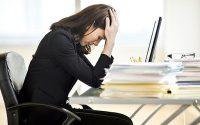 Το εργασιακό άγχος προκαλεί φόβο, θυμό, πανικό και σοβαρά προβλήματα υγείας. Τεχνικές διαχείρισης του άγχους