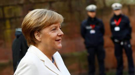 Bild: Το κόμμα της Μέρκελ θα έπαιρνε περισσότερες ψήφους αν… δεν υπήρχε η Μέρκελ