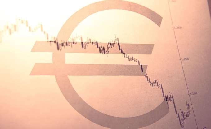 Αύξηση των προβλέψεων για τα κόκκινα δάνεια ζητά από τις τράπεζες η ΕΚΤ