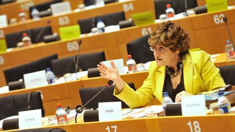 Άνα Γκόμες: Κάποιοι στην ΕΕ μπλοκάρουν τις προτάσεις μας για την καταπολέμηση του μαύρου χρήματος