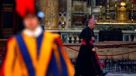 Βατικανό: Τέλος τα τσιγάρα από το νέο έτος