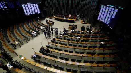 Βραζιλία: Υπουργοί της κυβέρνησης φέρεται να συνδέονται με τα Paradise Papers