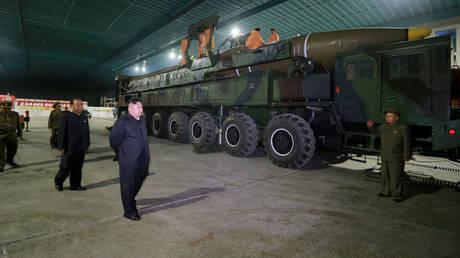 Β. Κορέα: Στρατιώτης επιχείρησε να λιποτακτήσει και το «πλήρωσε» με σαράντα σφαίρες
