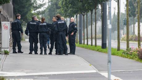 Γερμανία: Αυτοκίνητο έπεσε πάνω σε πεζούς μπροστά από ντισκοτέκ – Έξι τραυματίες