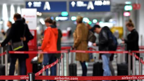 Γερμανία: Οι επιβάτες από την Ελλάδα θα ελέγχονται ξανά σε χώρους εντός Σένγκεν