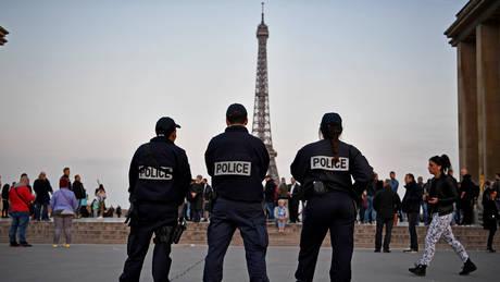 Δημοσιογράφος από την Ελβετία συνελήφθη στη Γαλλία την ώρα που έκανε ρεπορτάζ