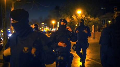Ισπανία: Η αστυνομία άνοιξε πυρ κατά άνδρα που φώναξε «Αλλάχ Ακμπάρ»