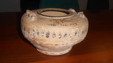 Κύπρος: Αναταραχή προκαλεί ένα αιγυπτιακό αγγείο του 13ου αιώνα πΧ