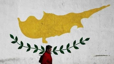 Κύπρος: Υπό έρευνα οι ύποπτες επαφές ανωτέρου στελέχους της Νομικής Υπηρεσίας με τη Ρωσία