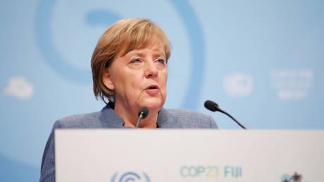 Μέρκελ: Πρέπει να γίνουν περισσότερα για την κλιματική αλλαγή (pics&vid)