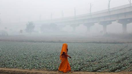 Νέο Δελχί: Παραμένει σε επικίνδυνα επίπεδα η ρύπανση