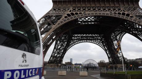 Οικογενειακή τραγωδία: Αστυνομικός στη Γαλλία σκότωσε τρεις ανθρώπους και αυτοκτόνησε