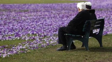Οικογενειακή τραγωδία στην Γαλλία: 80χρονος έπνιξε τη σύζυγό του που έπασχε από Αλτσχάιμερ
