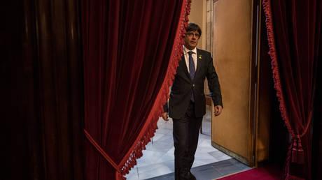 Ο Πουτζντεμόν παρουσίασε το ψηφοδέλτιό του για τις εκλογές της 21ης Δεκεμβρίου