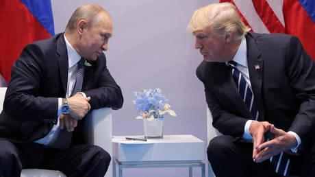 Πιθανή συνάντηση Τραμπ – Πούτιν στο Βιετνάμ