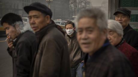 Πώς η ατμοσφαιρική ρύπανση αυξάνει τον κίνδυνο οστεοπόρωσης