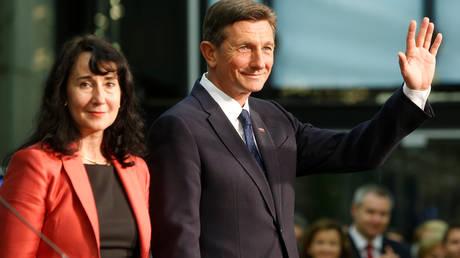 Σλοβενία: Επανεξελέγη στον προεδρικό θώκο ο απερχόμενος πρόεδρος Μπόρουτ Πάχορ