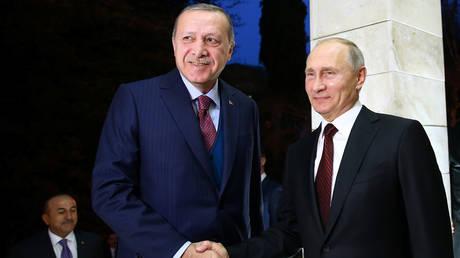 Συνάντηση Ερντογάν – Πούτιν: Στην κορυφή της ατζέντας η σύρραξη στη Συρία