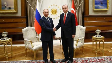 Τι θα συζητήσουν Πούτιν – Ερντογάν στο Σότσι