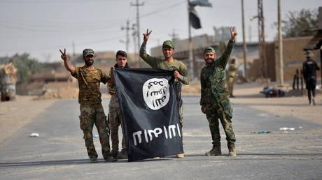 Το Ιράκ ανακατέλαβε ένα από τα τελευταία προπύργια του Ντάες (pics)