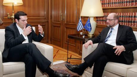 Υπέρ του μεγάλου συνασπισμού ο Τσίπρας – Τηλεφωνική επικοινωνία με Σουλτς