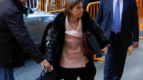 Φυλάκιση της προέδρου του καταλανικού κοινοβουλίου ζητά ο εισαγγελέας – Η έκκληση Γιούνκερ