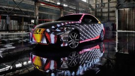 Χαμαιλέοντας Lexus, με αμάξωμα 42.000 LED (pics & vid)