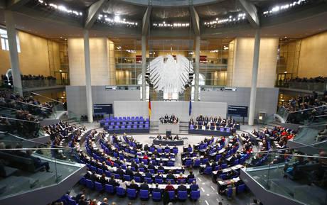 Welt: «Η 22η Απριλίου έχει ήδη επιλεχθεί ως πιθανότερη ημερομηνία εκλογών στη Γερμανία»